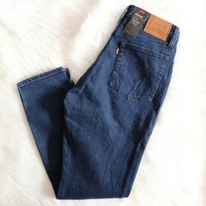 Levi's Jeans - Levi's High Rise Wedgie Fit Mom Jeans Sz 28